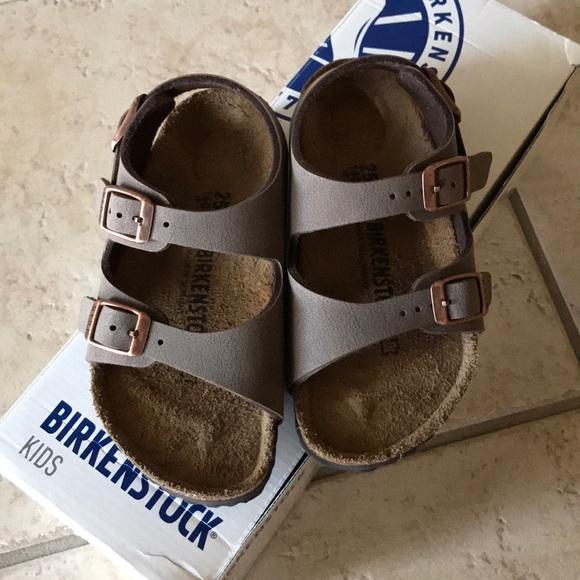 4e772da4169 new Birkenstock kids Roma mocha sandal size 7c